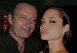 ¡Angelina <br> tiene un cabreo...!